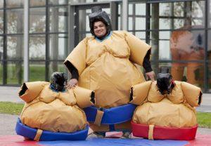 sumo adultes et enfants